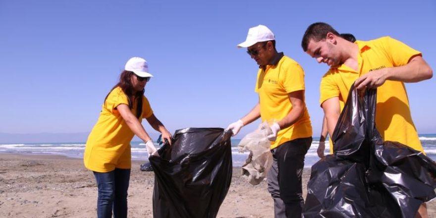 Sahiler temiz, kaplumbağalar koruma altında