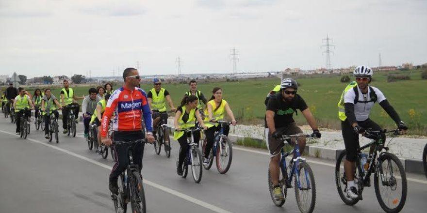 Pedaller barış için çevrildi