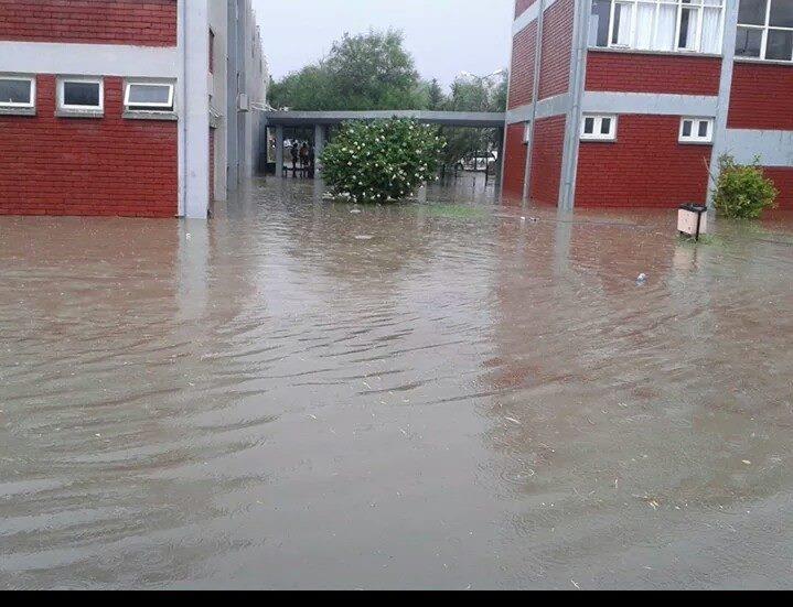 Lefkoşa yağmura teslim oldu 24