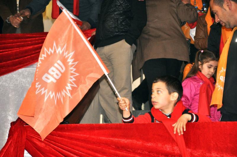 Eroğlu seçim kampanyasını başlattı 11