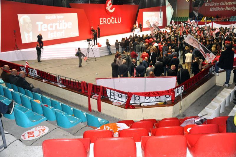 Eroğlu seçim kampanyasını başlattı 12