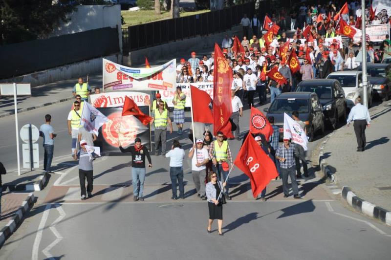 1 Mayıs Taksim Sahasında kutlandı 13