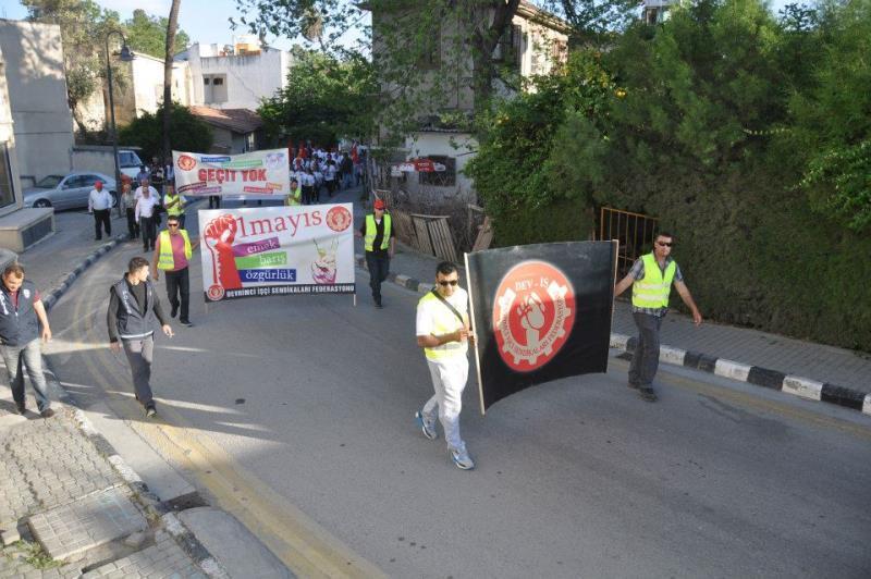 1 Mayıs Taksim Sahasında kutlandı 15