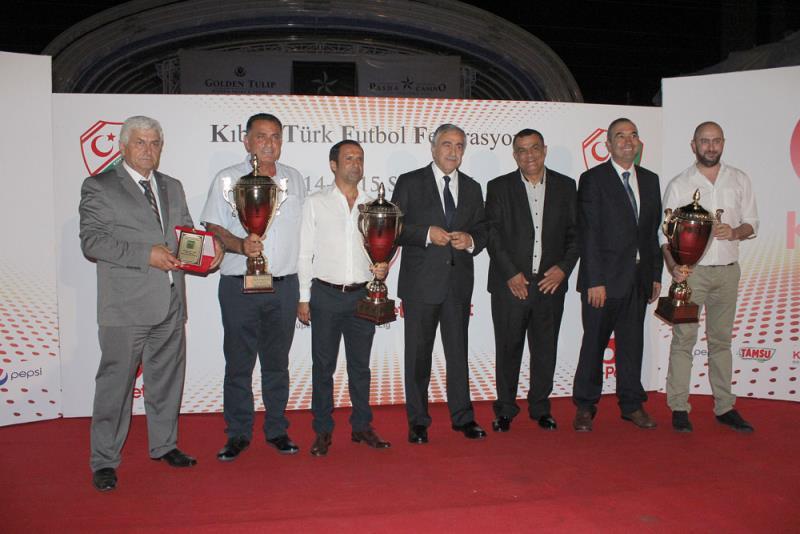 KTFF Başarı ödülleri 3
