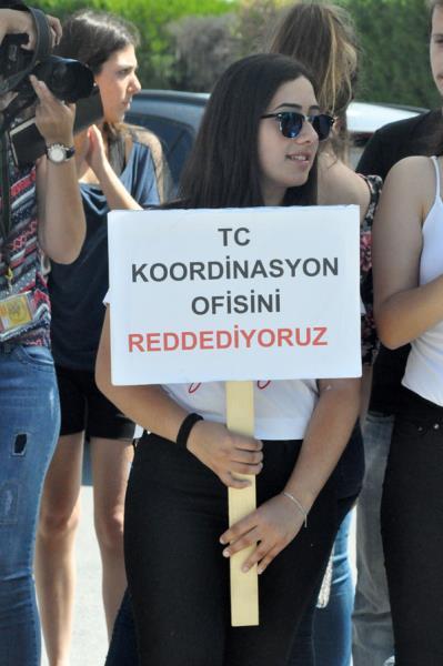 Gençler direndi, hükümet kulak tıkadı 26