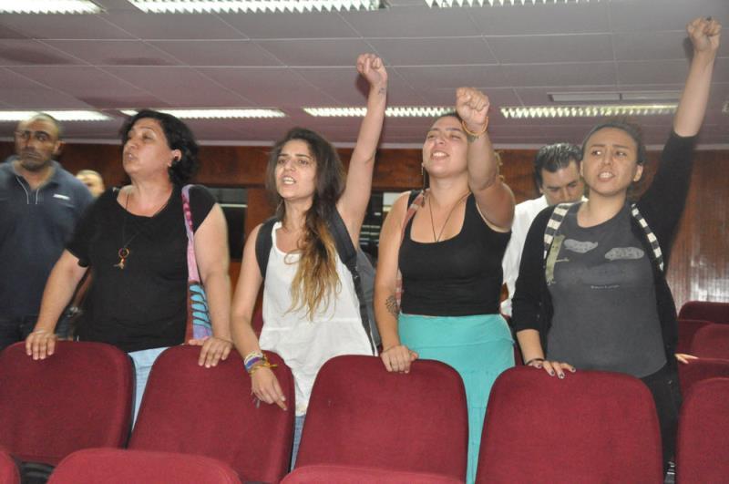 Gençler direndi, hükümet kulak tıkadı 9