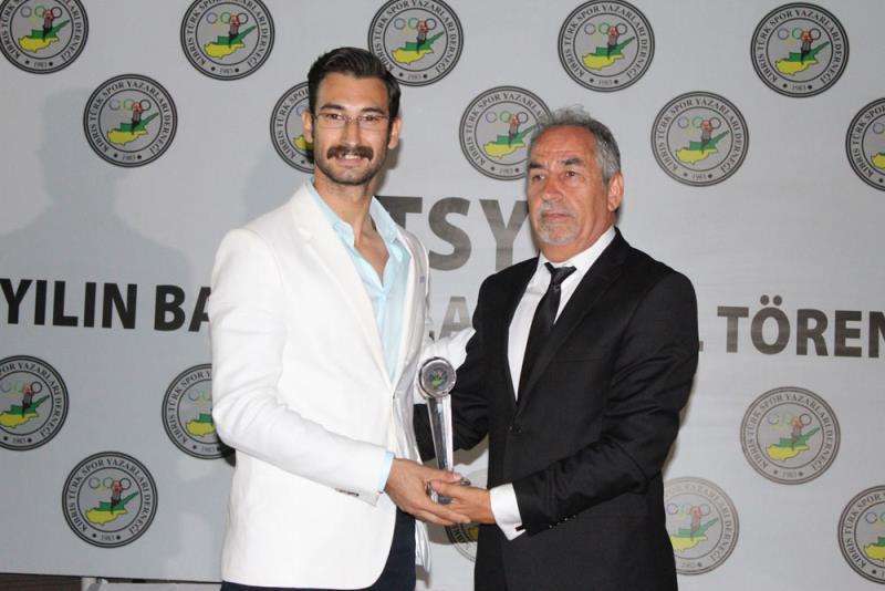 Yılın Başarılıları Ödüllerini Aldı 8