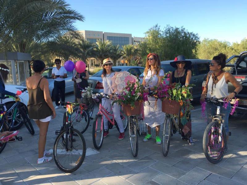Kadınlar, bisikletleri ile sokaklardaydı 12