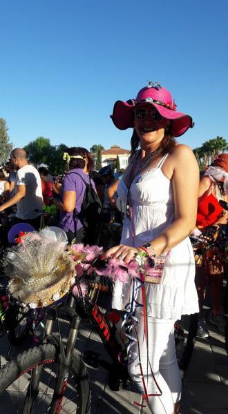 Kadınlar, bisikletleri ile sokaklardaydı 5
