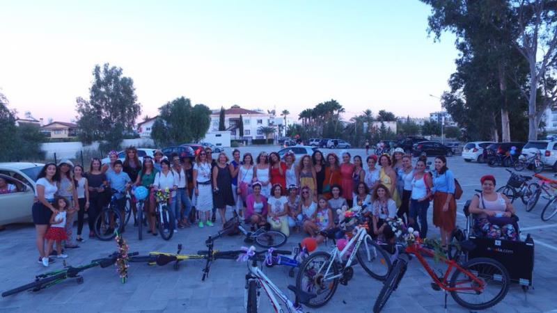 Kadınlar, bisikletleri ile sokaklardaydı 7