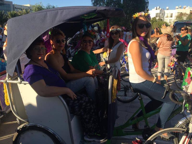 Kadınlar, bisikletleri ile sokaklardaydı 8