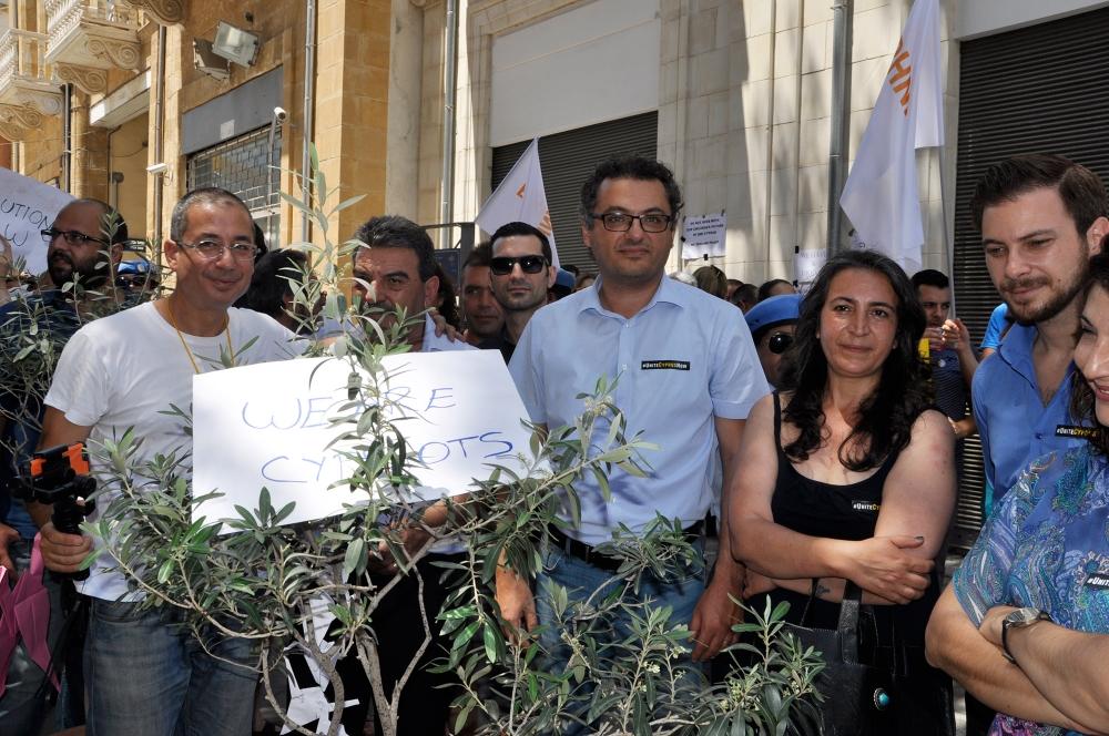 Kıbrıs'ın ortak geleceği için el ele 12