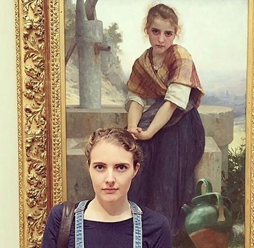 İkiziniz bir sanat müzesinde olabilir 1