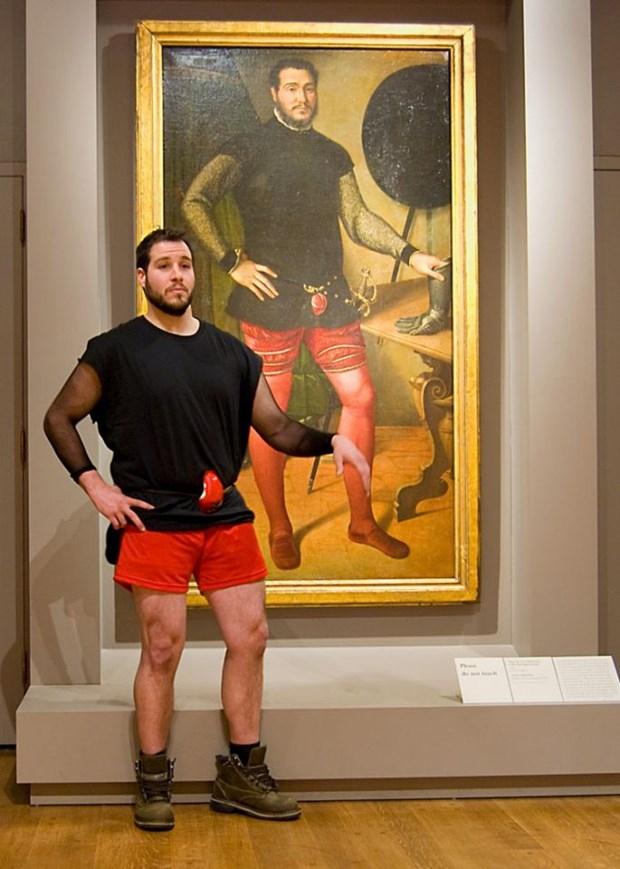 İkiziniz bir sanat müzesinde olabilir 9