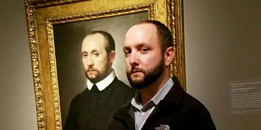 İkiziniz bir sanat müzesinde olabilir