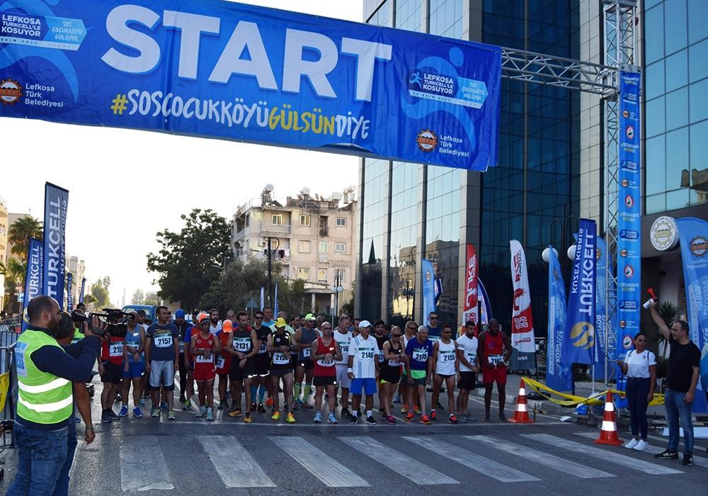 Lefkoşa Turkcell ile Koşuyor Maratonuı 1