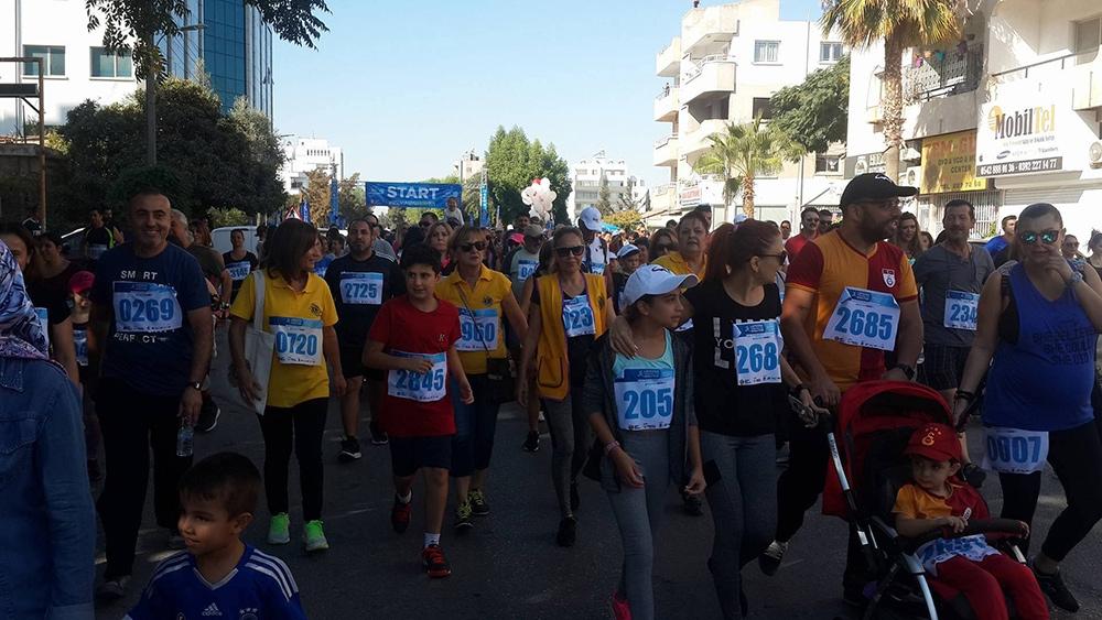 Lefkoşa Turkcell ile Koşuyor Maratonuı 10