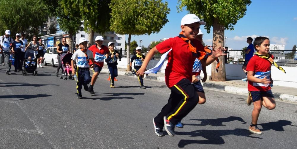 Lefkoşa Turkcell ile Koşuyor Maratonuı 24