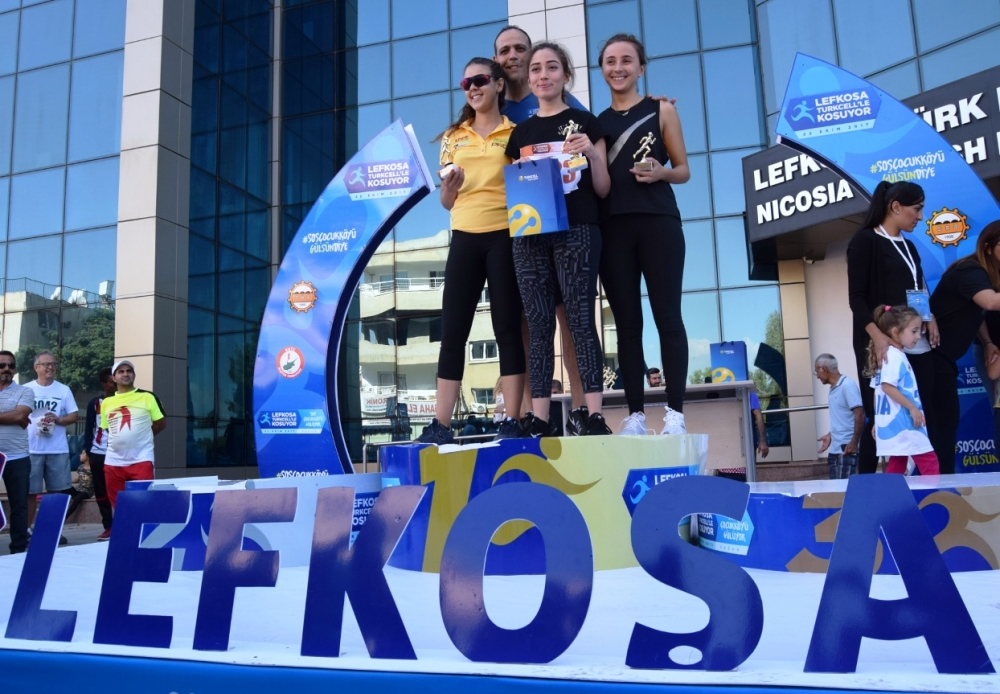 Lefkoşa Turkcell ile Koşuyor Maratonuı 26
