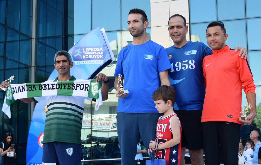 Lefkoşa Turkcell ile Koşuyor Maratonuı 27