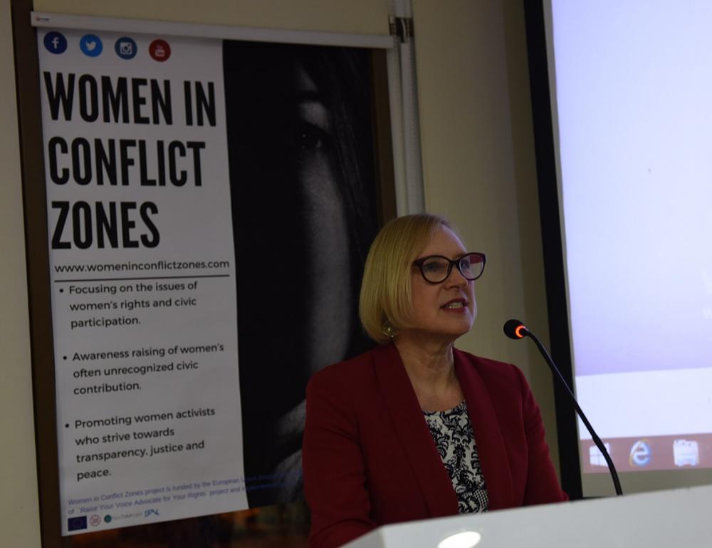 'Çatışma Bölgelerinde Kadınlar' 17