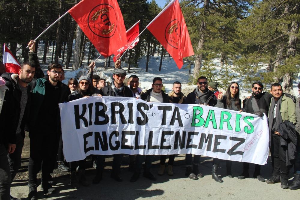 Gençler, Federal Kıbrıs taleplerini Trodos'tan haykırdı 1