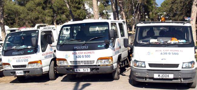 Acil çöp toplama araçları hizmette