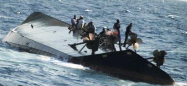 Tekne alabora oldu 40 kişi öldü