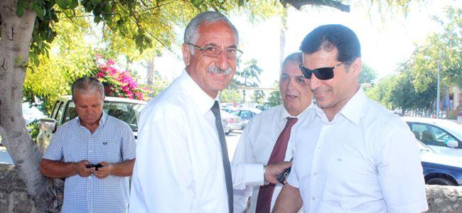 UBP Girne'de bayrak salladı, yürüyüş düzenledi…