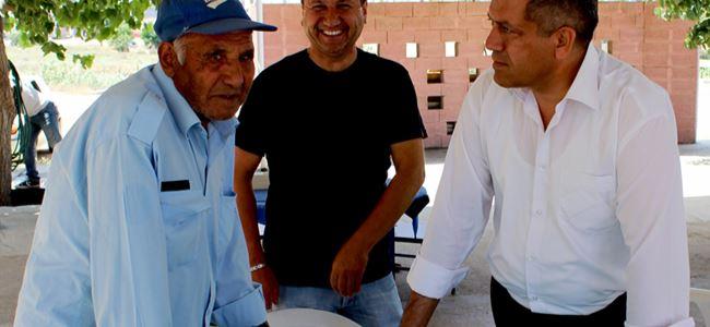 Arter Mağusa'da vatandaşlarla bir araya geldi