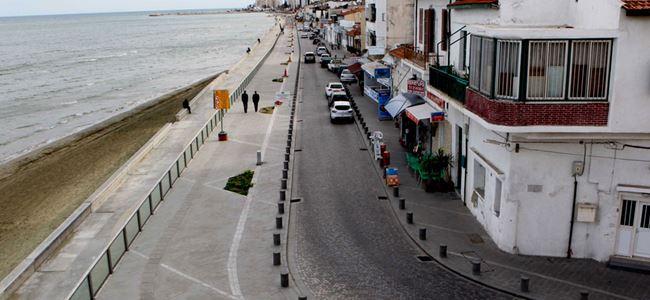 Larnaka Belediyesi liman ve marinada yeni tesis istemiyor