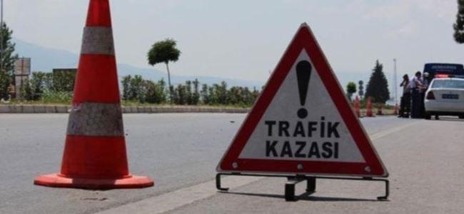 Trafik kazası: 3 YARALI