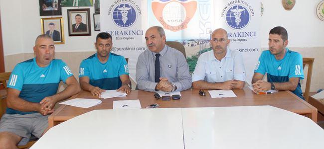 Ahmet Ogan imzaladı