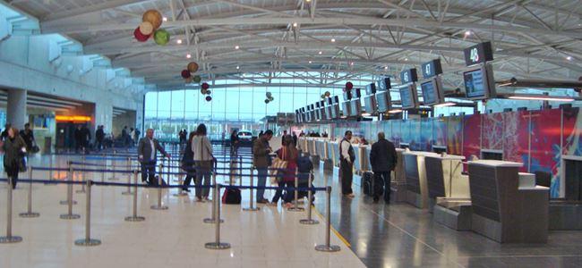 Turistler Güney Kıbrıs'ta kaldı