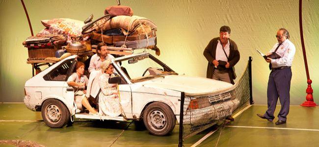 Türkiye Kayası tiyatroseverlerle buluştu