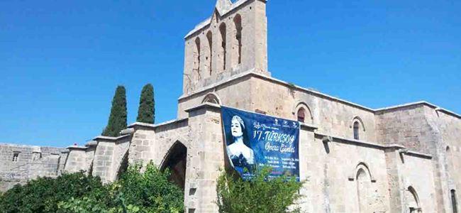Türksoy'u Bellapais misafir edecek