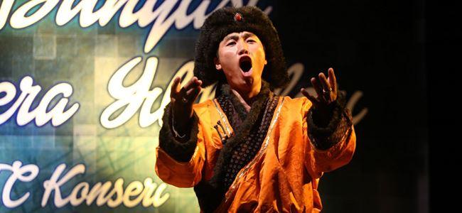 GAÜ'de opera coşkusu