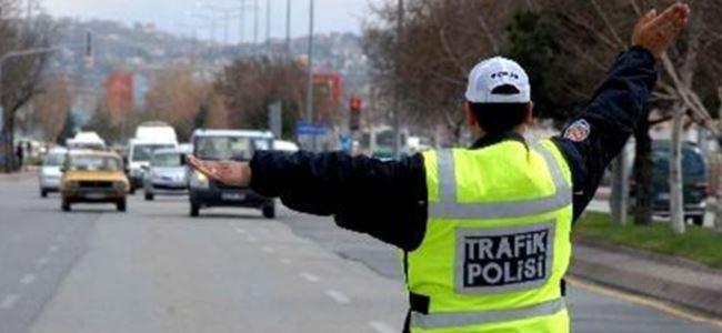 4 sürücü tutuklandı, 18 araç trafikten men edildi