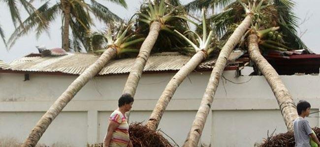 Filipinlerde tropik kasırga can aldı