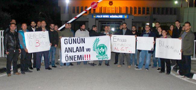 CTP Gençlik PGM önünde eylem yaptı