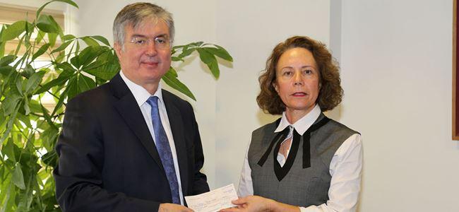 Kayıp Şahıslar Komitesi'ne 100 bin dolar bağış