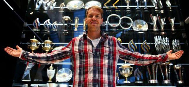 Red Bullun Formula 1 kupaları çalındı