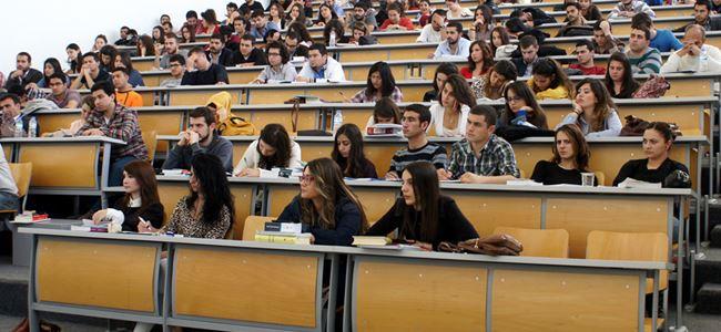 1,800 öğrenci yurtiçinde okumayı tercih etti