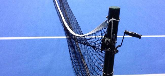 Tenis kortuna zarar verdiler