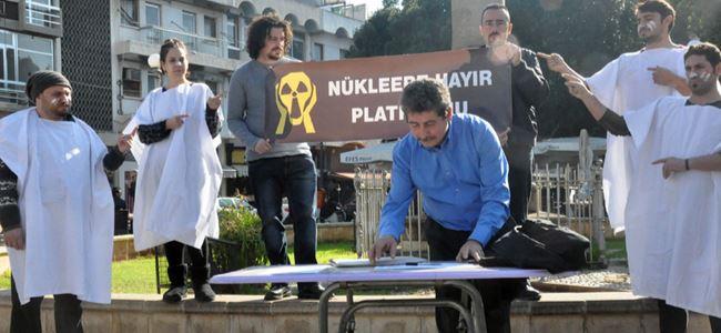 """'Nükleere Hayır Platformu""""  imza masası kurdu"""