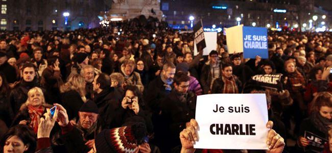 Charlie Hebdo kurbanları anıldı