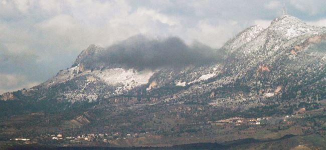 Kıbrıs'ta soğuk hava etkisini artırdı