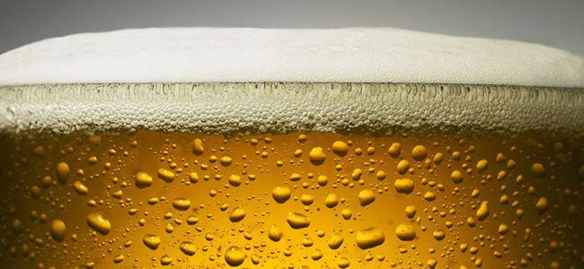 Zehirli biradan 52 kişi öldü