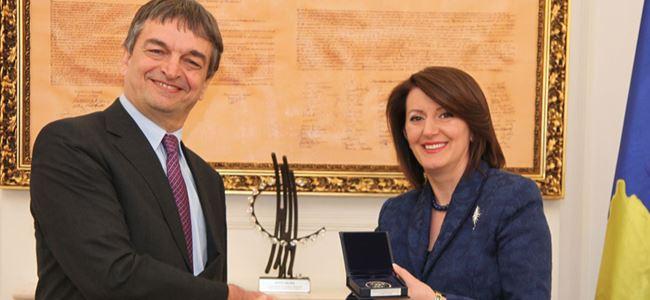 Kosova'da madalya aldı