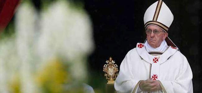 Papa sosyal medyayı bırakmaya çağırdı